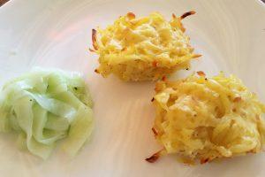 Serviervorschlag zu Kartoffelrösti vegetarisch