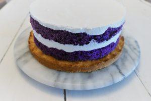 Die UBE-Torte mit Creme
