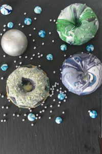 Mirrorglaze für Kuchen und Donuts