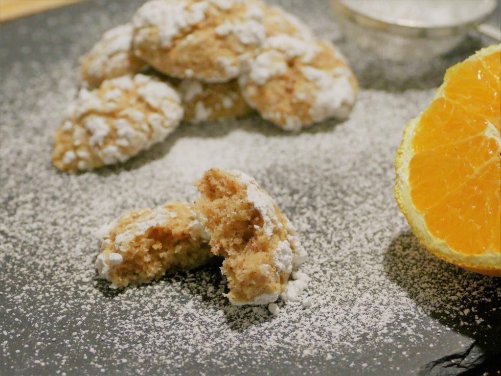 italienisches Mandelgebäck mandorlini aranci