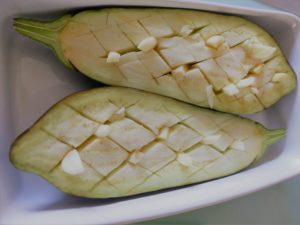 Aubergine geschnitten