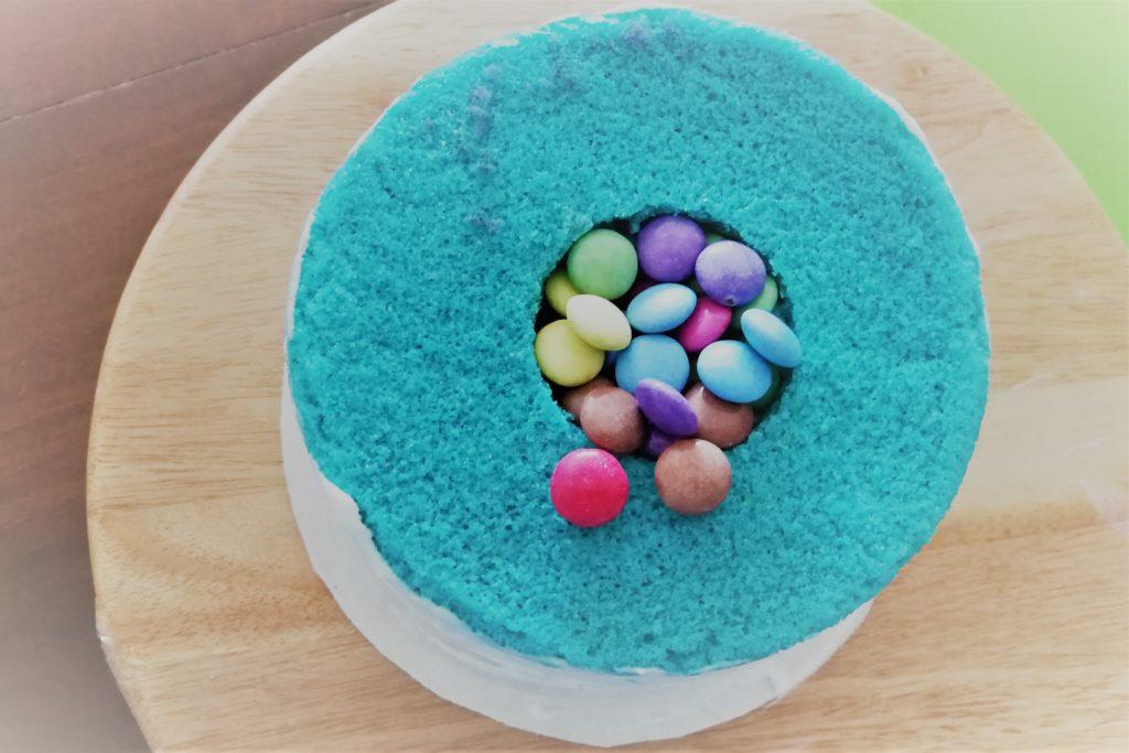 Schokolinsen in Torte