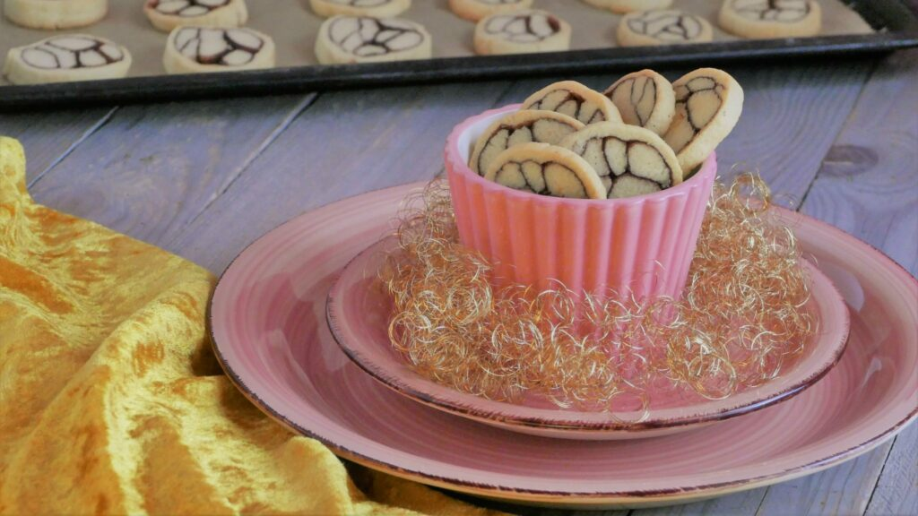 Cinnamon Marble Cookies
