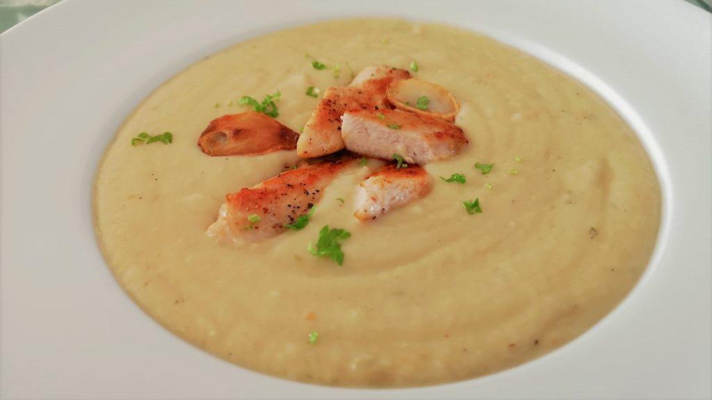 Suppe mit Fleischeinlage