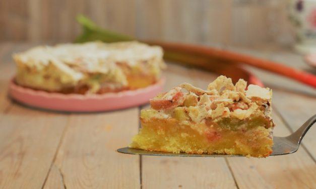 Rhabarberkuchen mit Mandelbaiser