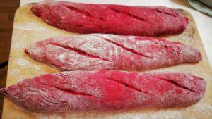 natürlich gefärbte Baguettes vegan