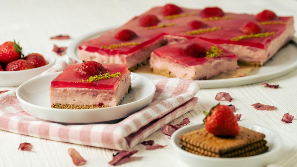 schneller Kuchen mit Erdbeeren